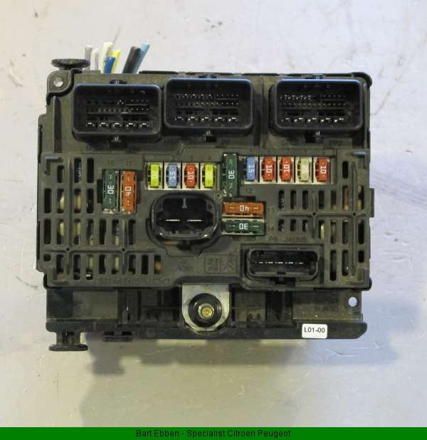 Used Car Warehouse: Second Hand Electronic Car Parts Like A Peugeot 407