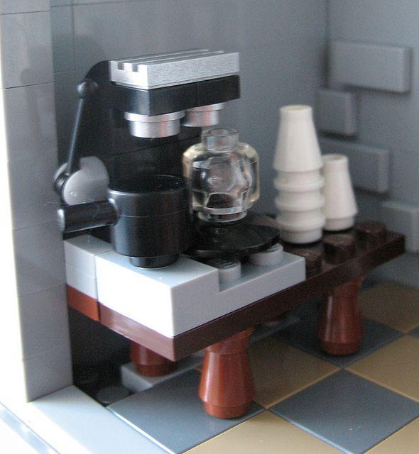 Lego Barista Table Lady Coffee Espresso Maker Machine NEW