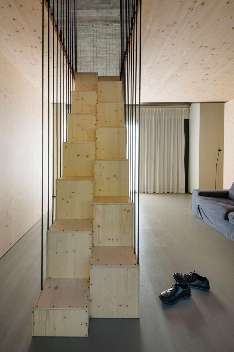 Holztreppe für ein modernes Interieur und Natur | Innenarchitektur ...