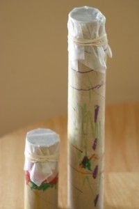 Make a little music! A toilet paper tube or paper towel tube and a few simple ingredients = adorable clarinets.