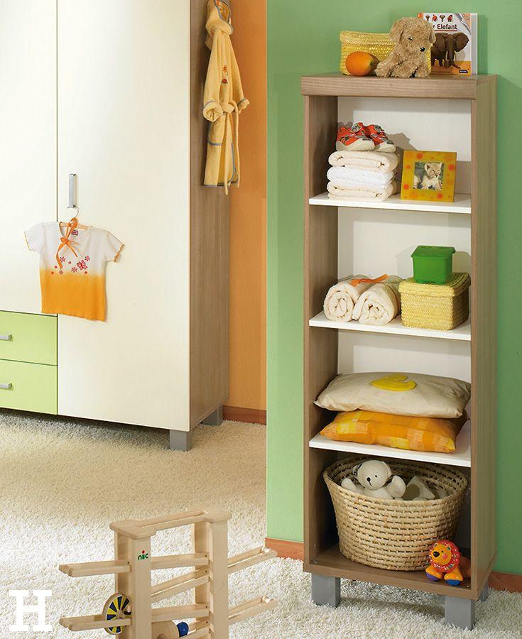 Spielzeug, Bücher & Co finden ihren Platz im Standregal