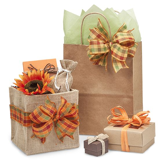 Nashville Wraps has gorgeous new products this season like Burlap Basket Containers, Fall Plaid Ribbon and Juco totes mixed with burlap & cotton for a super soft blend. All of these fall products look amazing mixed with our brown kraft bags and boxes.