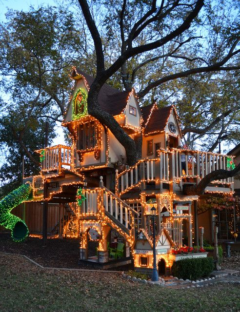 Various Tree Houses to Live In for Your Inspirations: Incredible Night View Of Tree Houses To Live In For Kids Designed With Striped Lamps I...