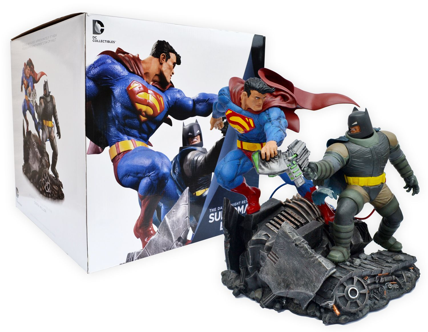 The Dark Knight Returns Superman Vs Batman Battle Statue