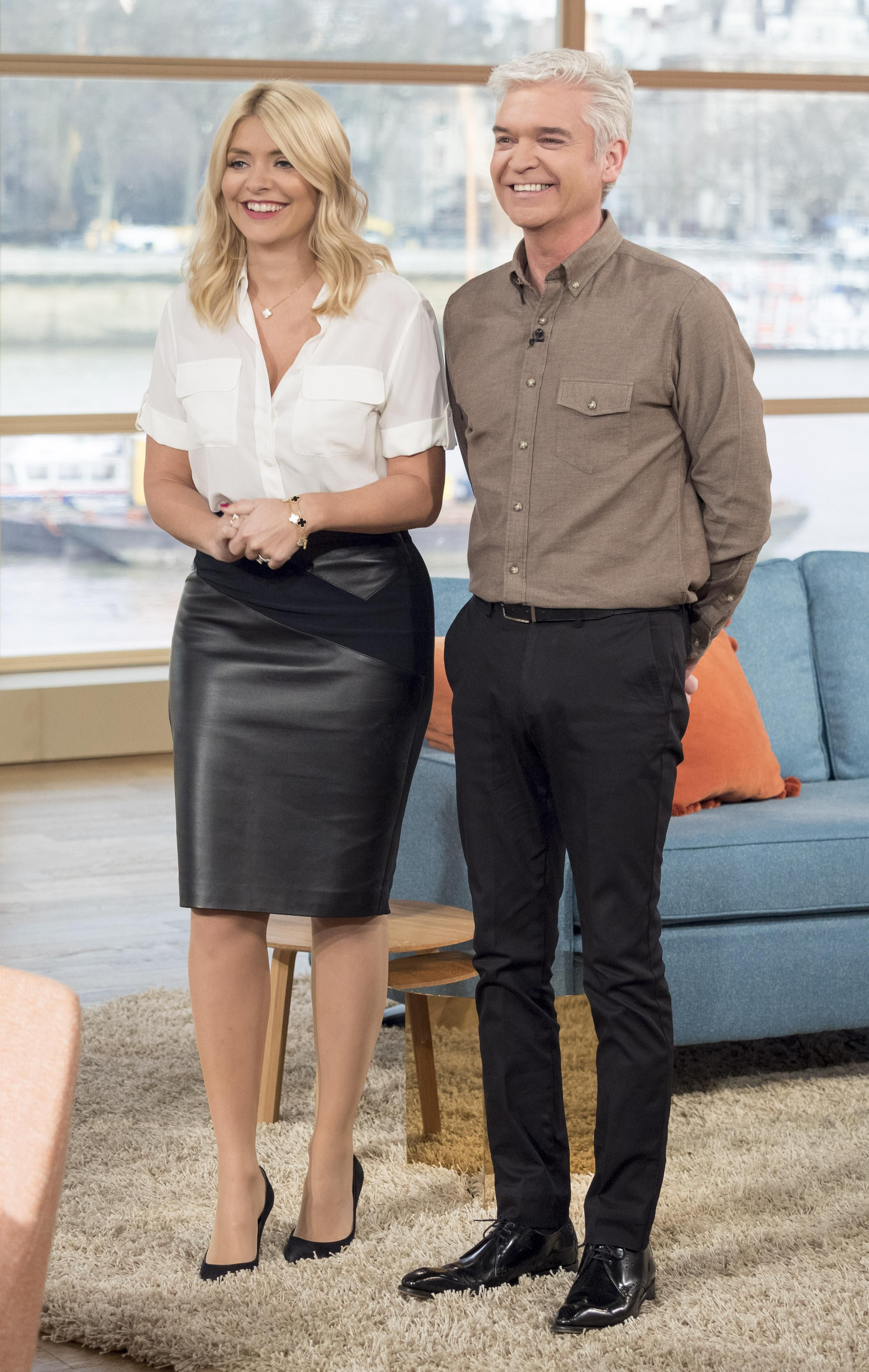 Holly Willoughby Nudes inside holly willoughby – 'this morning' london, 14.12.15 | holly