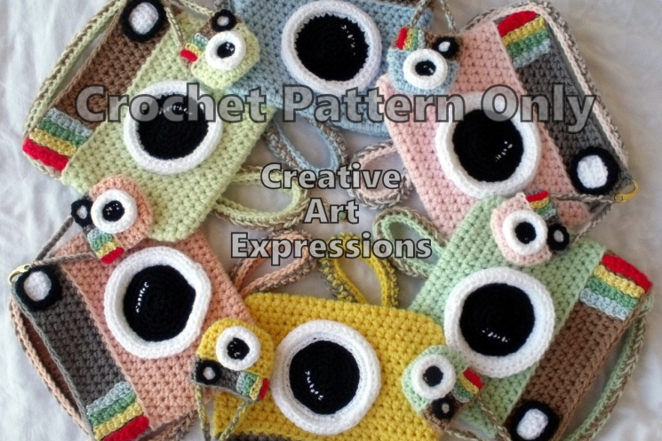 Camera Purse & Miniature Camera Purse Crochet Pattern #camerapurse