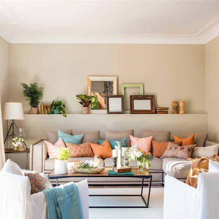 Salón con chimenea dividido en dos espacios_00436663 | Salons, Cozy ...