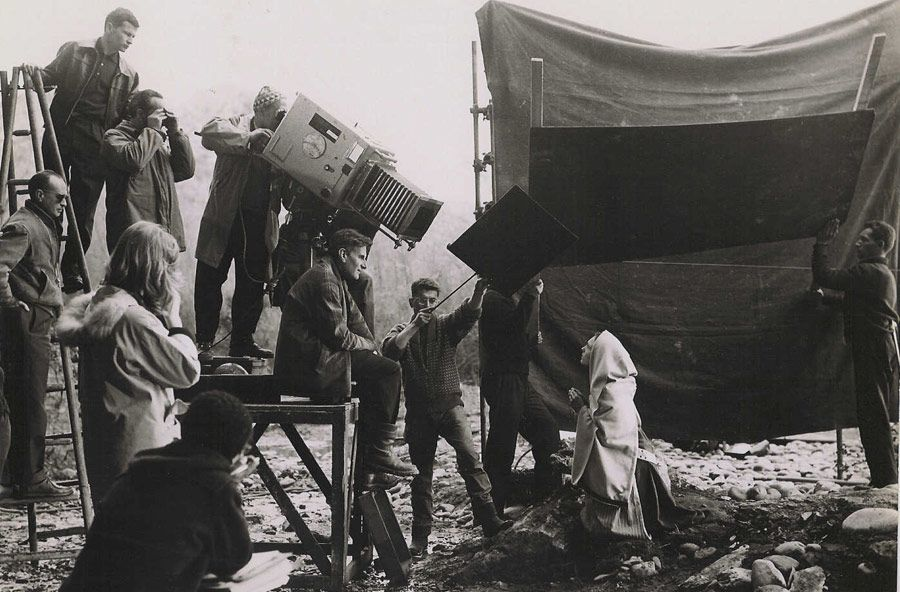 Behind the scenes of BERNADETTE DE LOURDES by Robert Darene, photographed by Raymond Cauchetier.