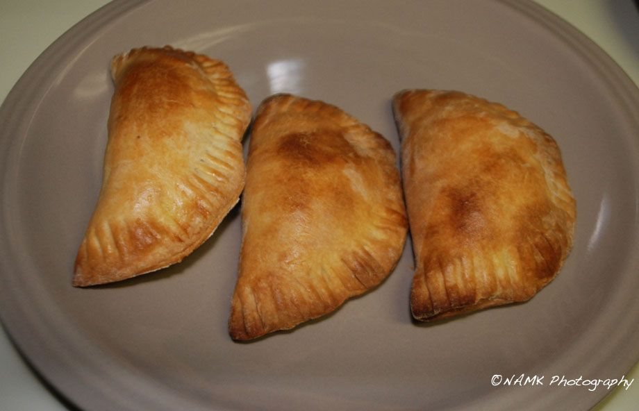 Red peanut chicken empanadas (or what should have been tamales)