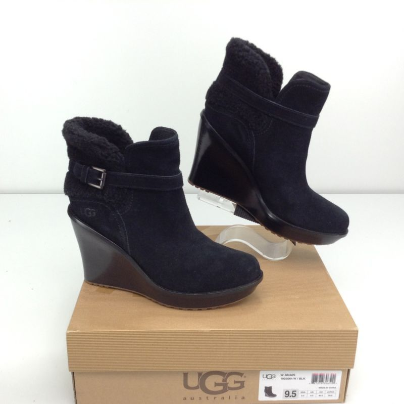 39e6f22c2eb6 UGG Anais Black Boots Ankle 9.5 B Wedge Heel Suede Bootie Womens ...