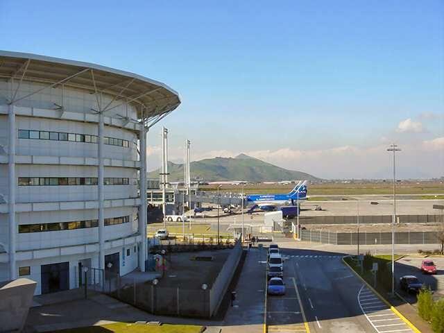 Chile Santiago Airport Port Lotniczy Santiago De Chile Wikipedia Wolna Encyklopedia Santiago De Chile Alquiler De Coches Chile