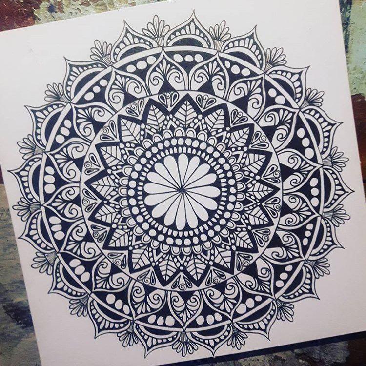 Pin By Stefanie Huaman Eufracio On Mandalas Mandala Drawing Mandala Mandala Coloring
