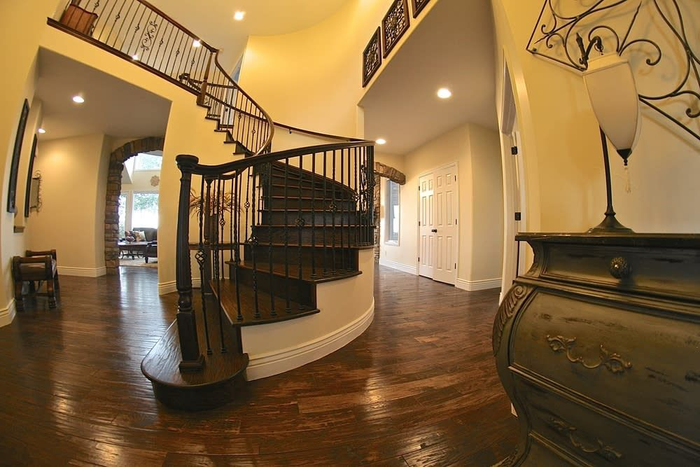 Best Rise Lookbook Large Spiral Staircase At Entryway 640 x 480