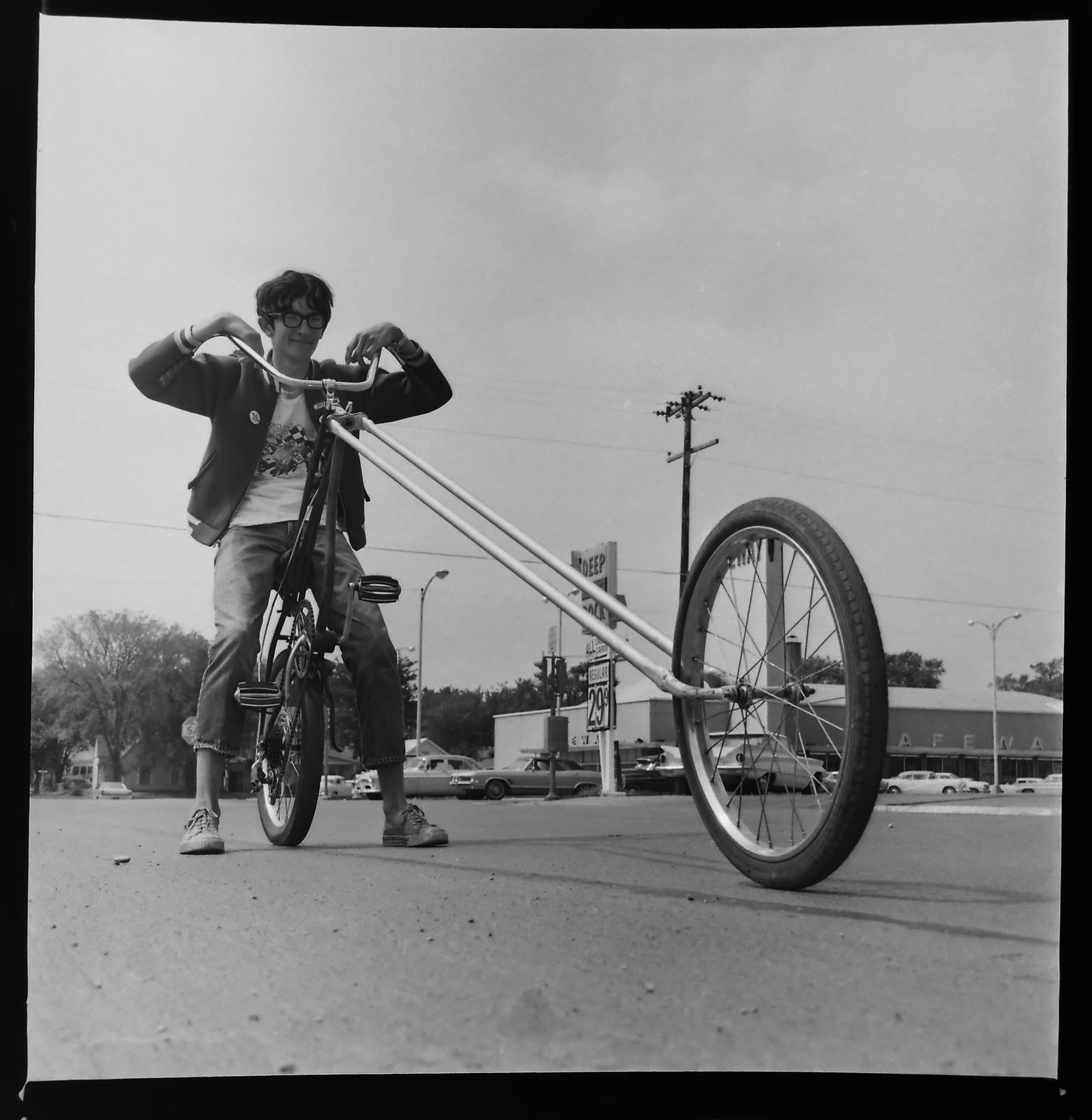 Show Us Your Polaroid Pictures In Muscle Bike Discussion Forum Polaroid Pictures Bicycle Vintage Bicycles