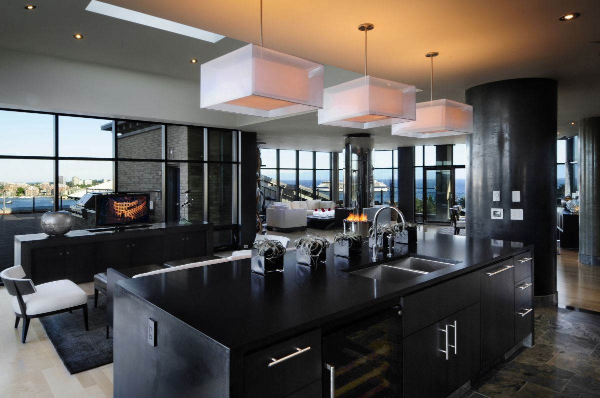 Best Kitchen Gallery: The Walls In This Kitchen Were Coated With Black Spatulata Polished of Luxury Black Kitchens on rachelxblog.com