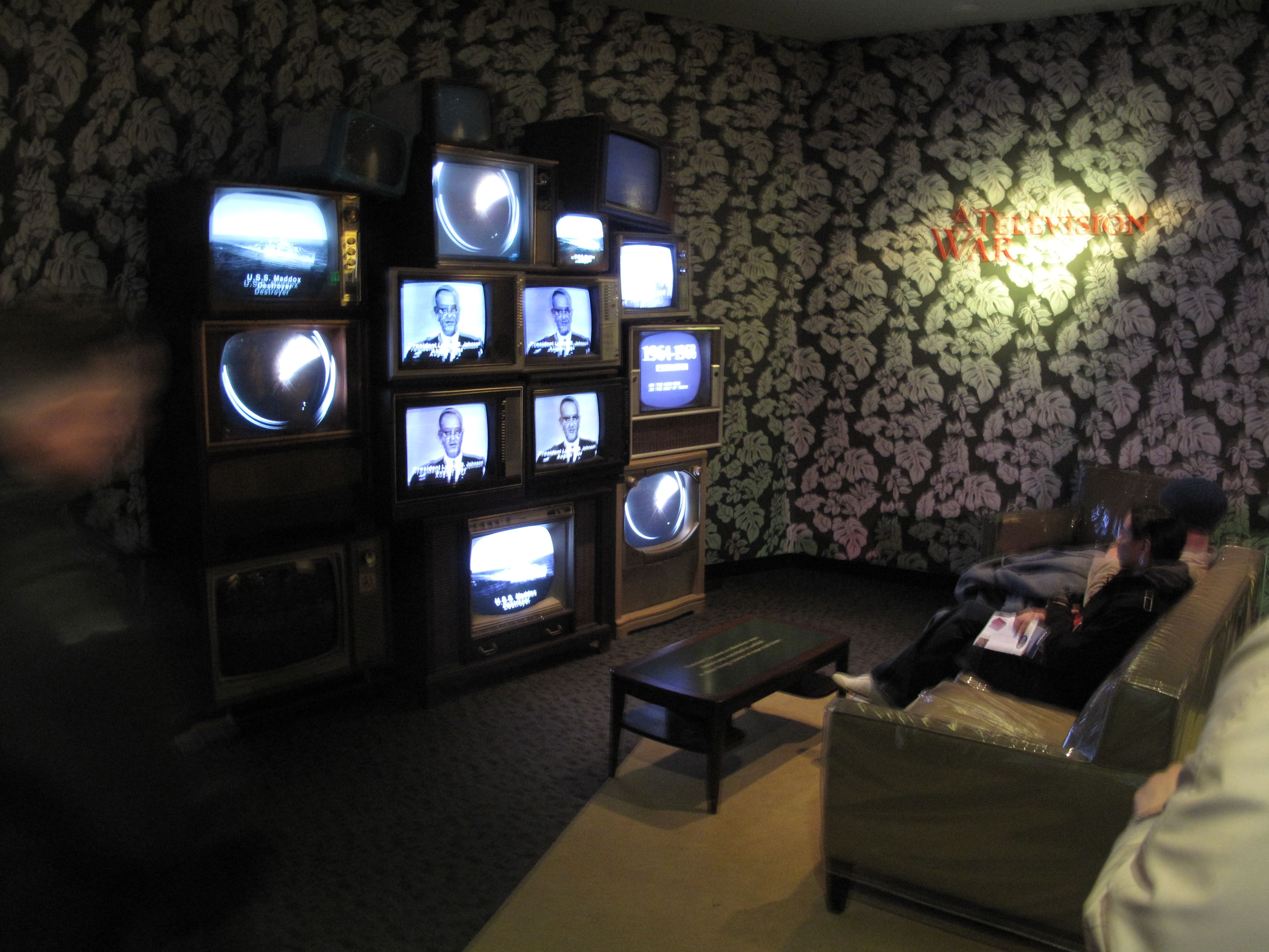 Free and Cheap TV: So Many Options to Choose From | Money Talks News