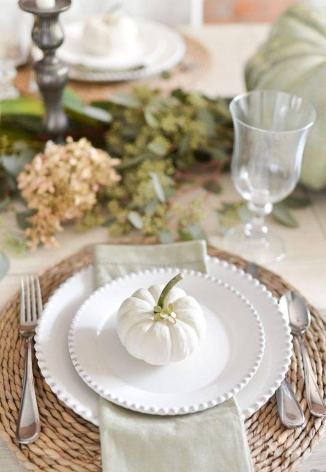 16 Magnificent Thanksgiving Table Decorating Ideas Gorgeous