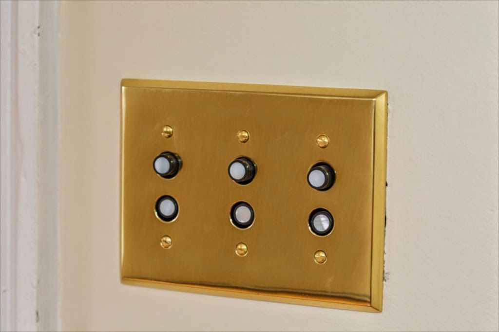 Reproduction push-button light switch