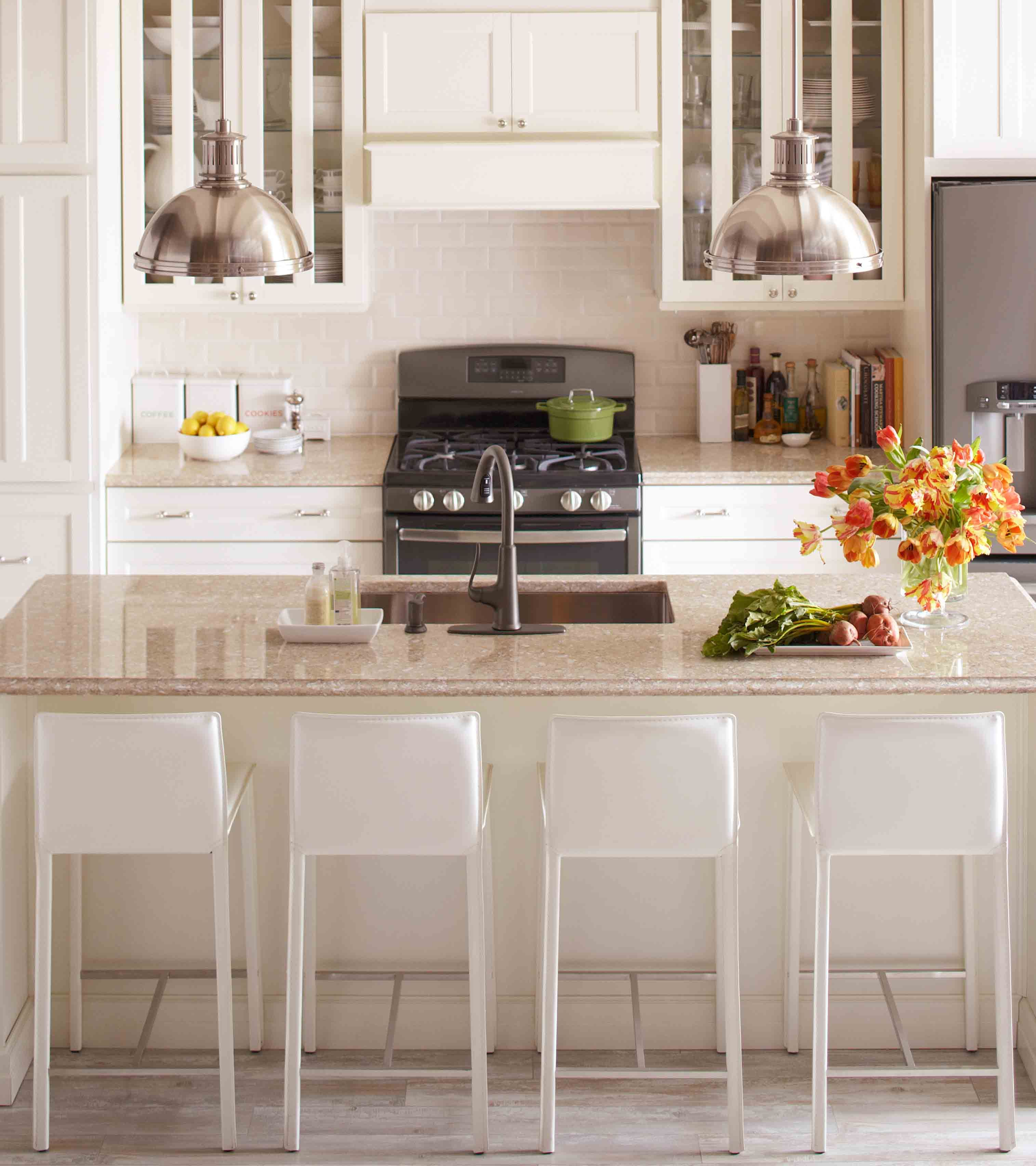 Have The Dreamkitchen You Ve Always Wanted At The Price You Can Afford Marthastewartliving At The Kitchen Remodel New Kitchen New Kitchen Cabinets