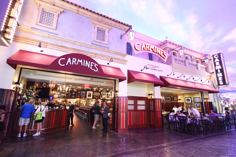 Carmine S At The Forum Inside Caesars Palace Great Food And Service