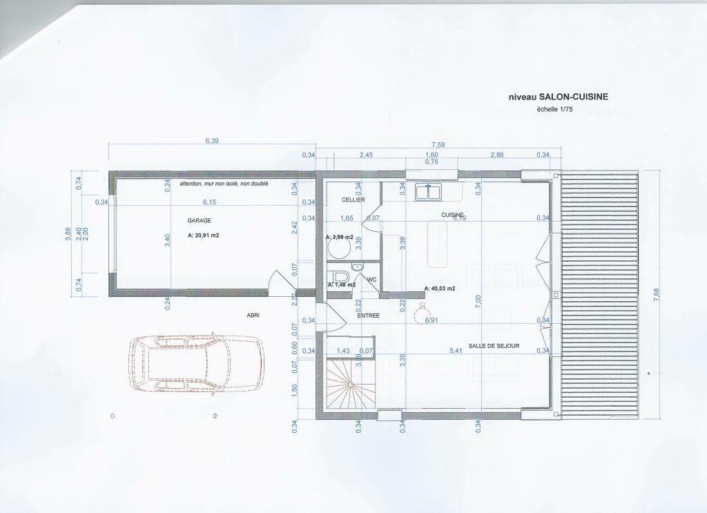Niveau d\u0027entrée au premier étage, avec le salon, la cuisine, le