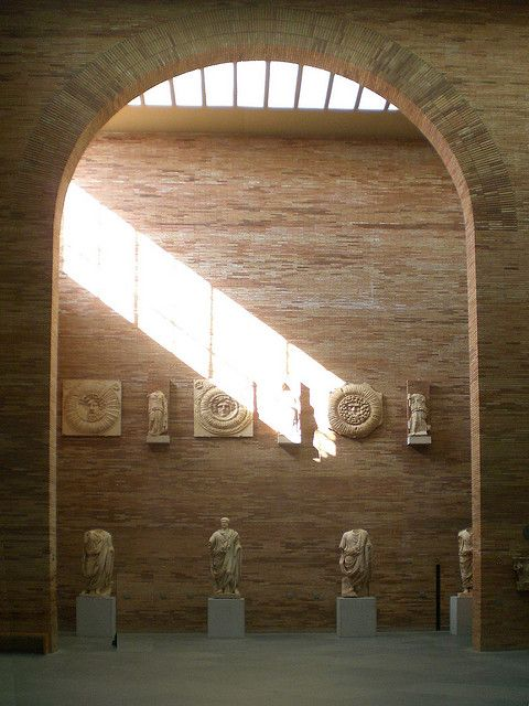 Rafael moneo museo de arte romano light merida roman art national museum and museums