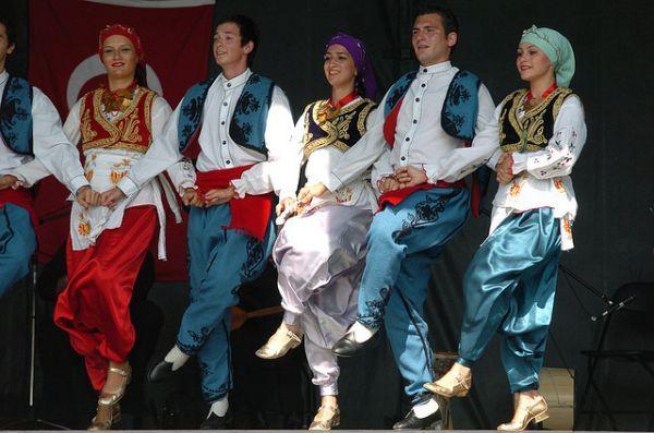 bosnische Bräute