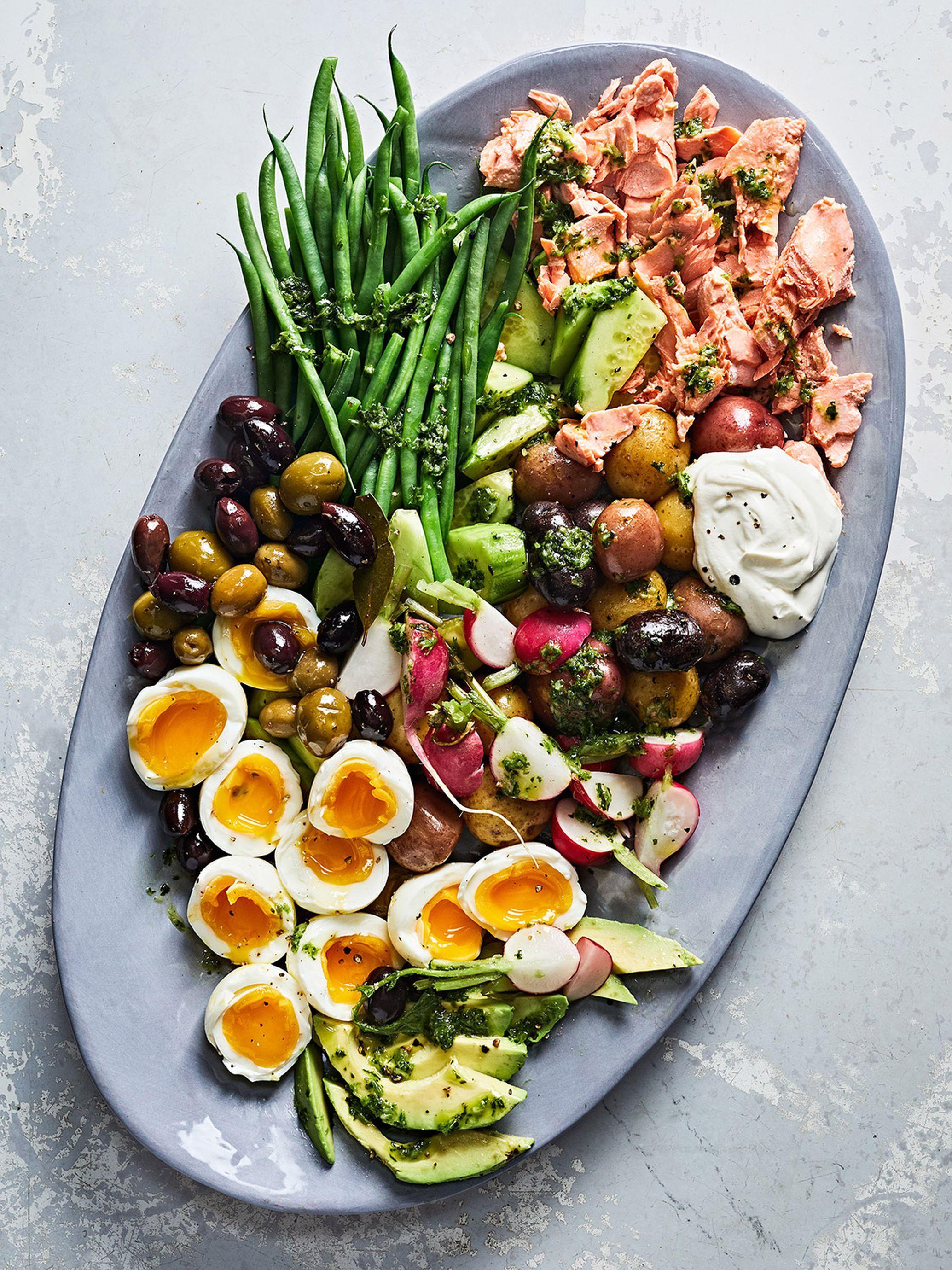 Salmon Nicoise Salad With Garlic Herb Dressing Healthy Recipes Salmon Nicoise Salad Recipes