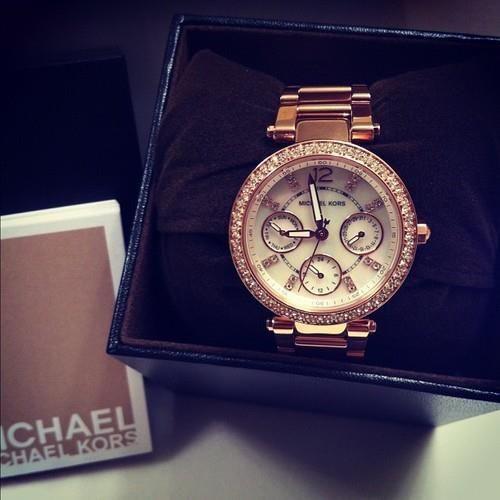 MK watch <3