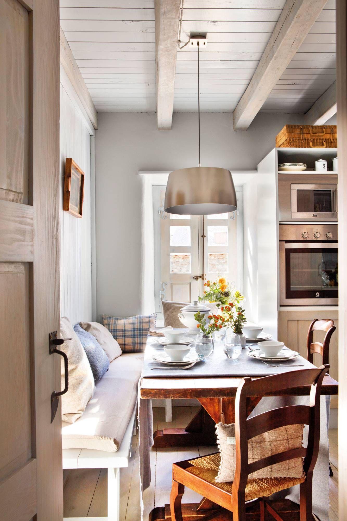 Dar Calidez Al Dormitorio De Siempre Diseño De Interiores De Cocina Casas De Invierno Decoracion Casas De Campo