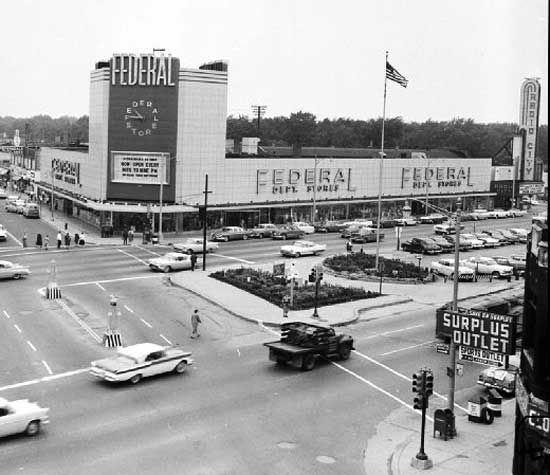 Places To Visit In Pontiac Michigan: Federals Department Store. I Used To Shop There When I Was