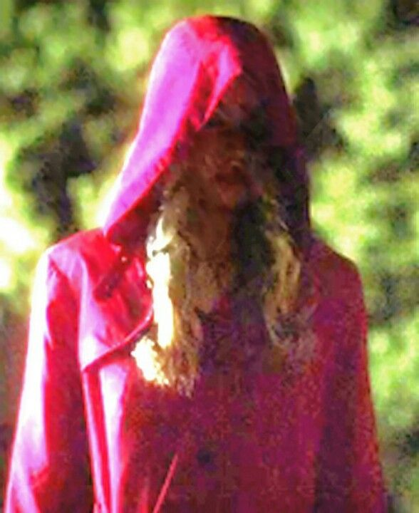 THIS IS THE WOMAN IN THE RED COAT #PLL | PLL!! | Pinterest | PLL ...