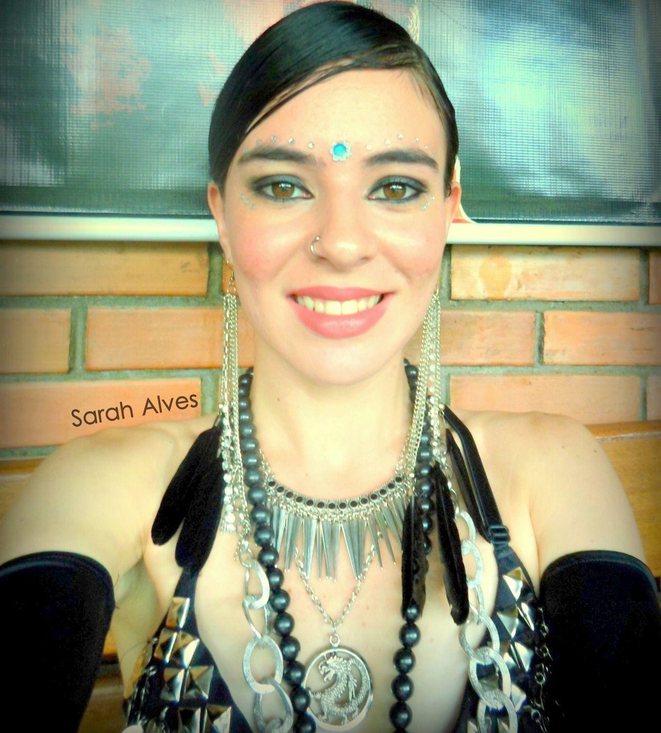 I just love to be a tribal fusion dancer! =D  Eu amo ser uma dançarina do tribal! =D