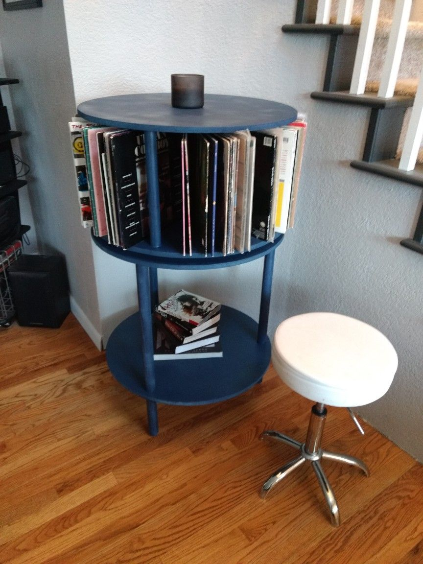 Spinning Album Record Storage. Holds Roughly 100 120 Albums.
