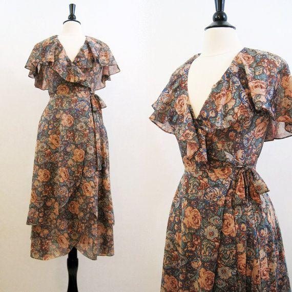 70s Dress Vintage Wrap Double layer Ruffled Cape by voguevintage