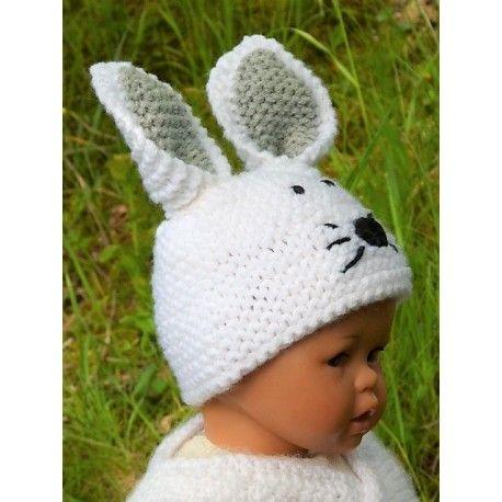777282cecb2 Adorable petit bonnet lapin pour bébé en laine acrylique douce et chaude.  Bonnet lapin entièrement