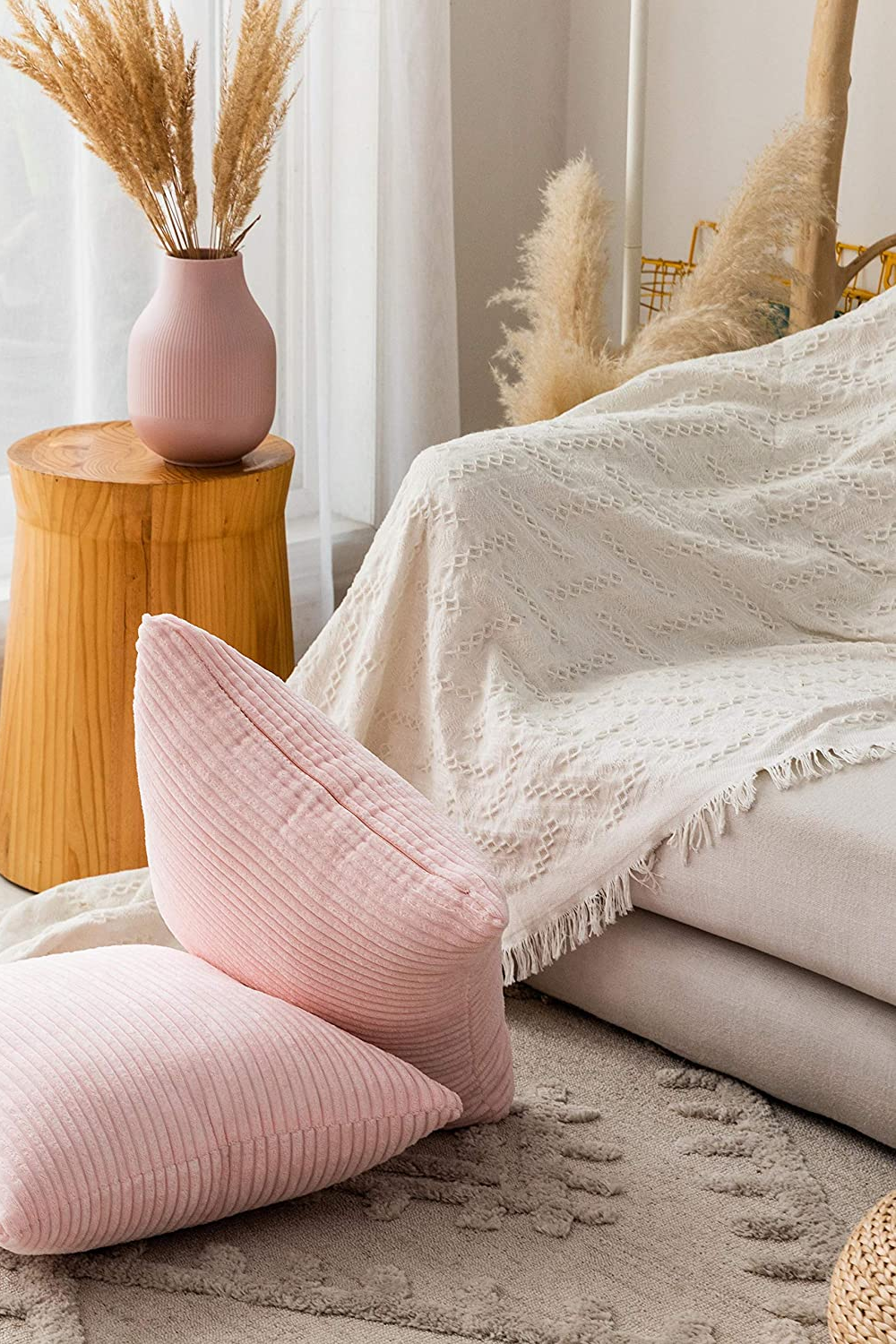Blush Pink Velvet Throw Pillows In 2020 Couch Throw Pillows Pink Throw Pillows Velvet Throw Pillows