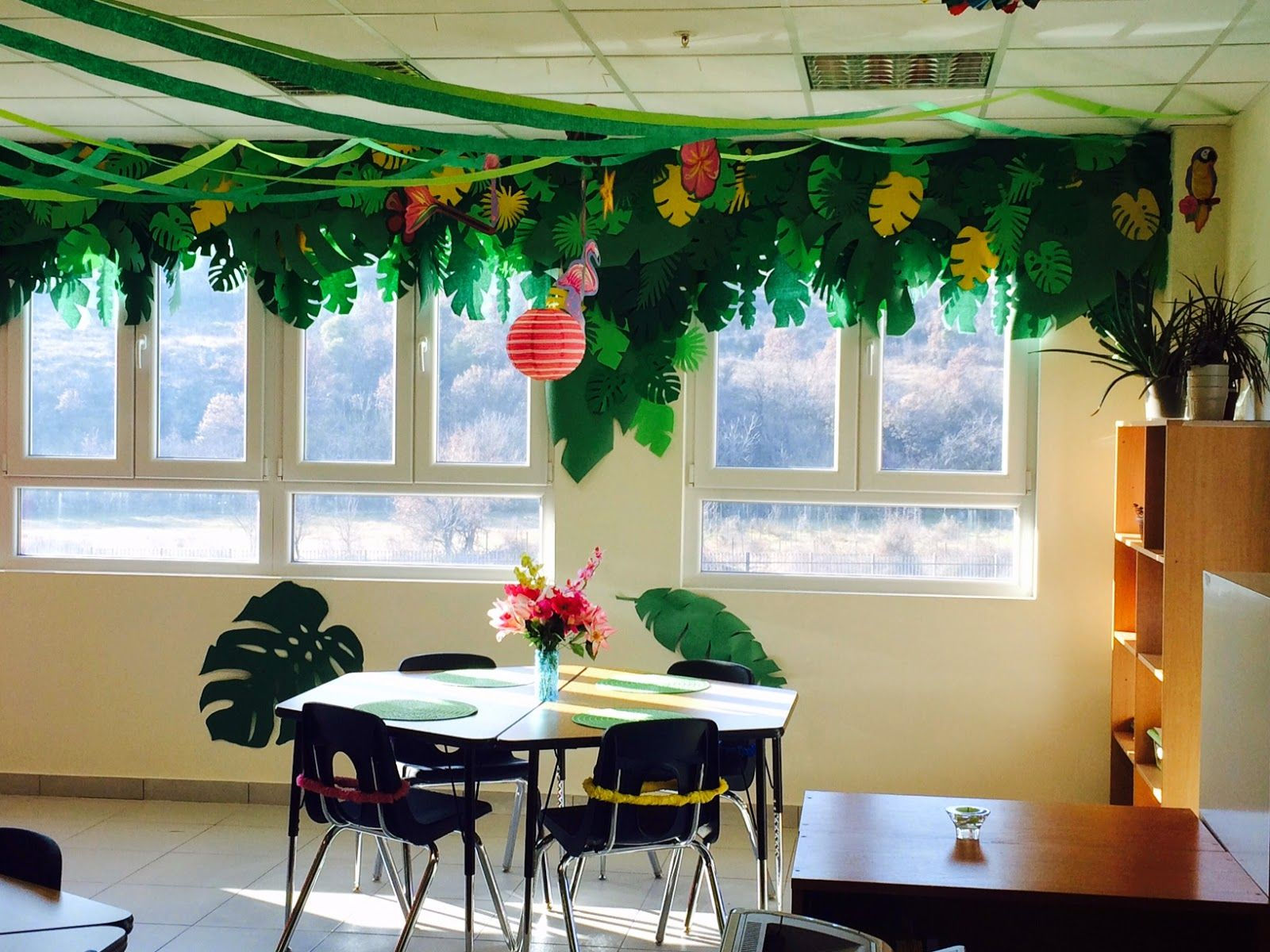 Zebra Classroom Ideas ~ The charming classroom island jungle theme …