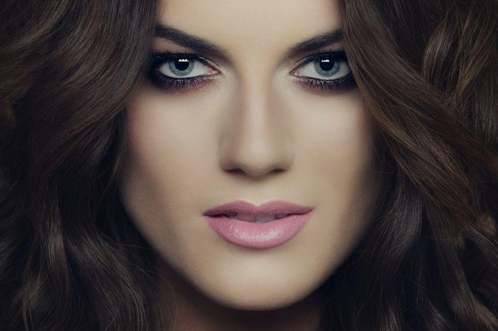 MONIKA MAKS Make up Hair Styling -