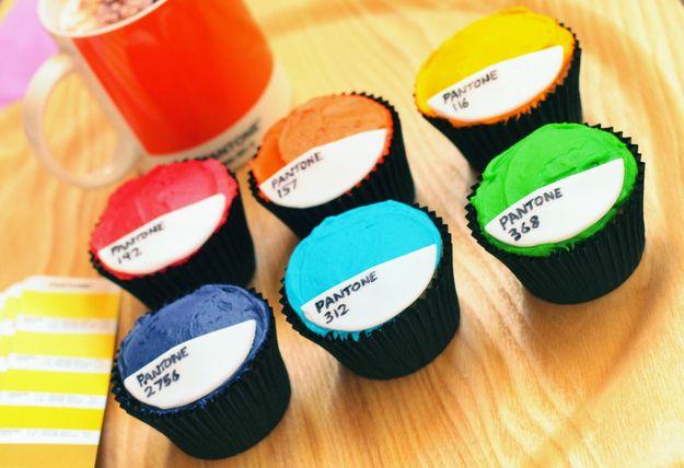 Pantone Cupcakes | 18 Colorful Pantone Projects