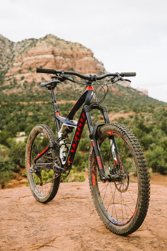 8870e6fff Specialized S-Works Enduro 650B - Review