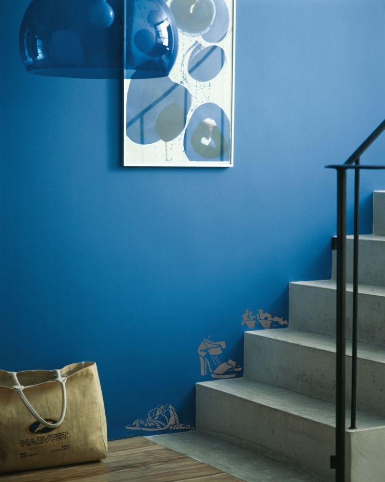 id e de d coration cage d 39 escalier en b ton avec peinture. Black Bedroom Furniture Sets. Home Design Ideas