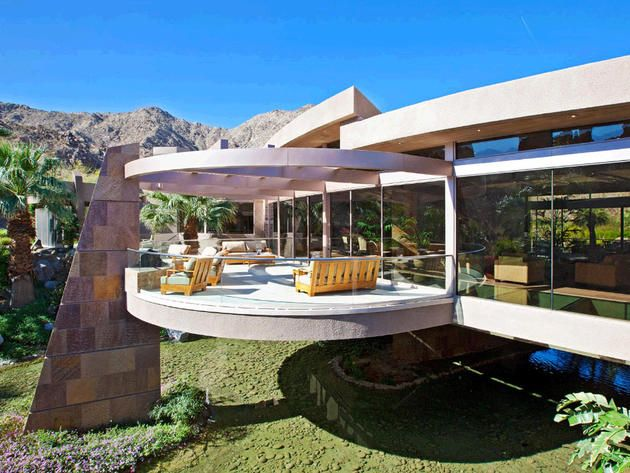Floating House in Indian Wells, Calif.