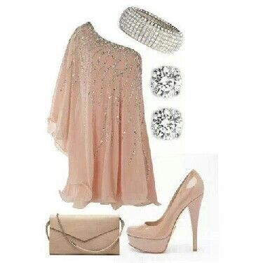 This outfit is sooo beautiful!!