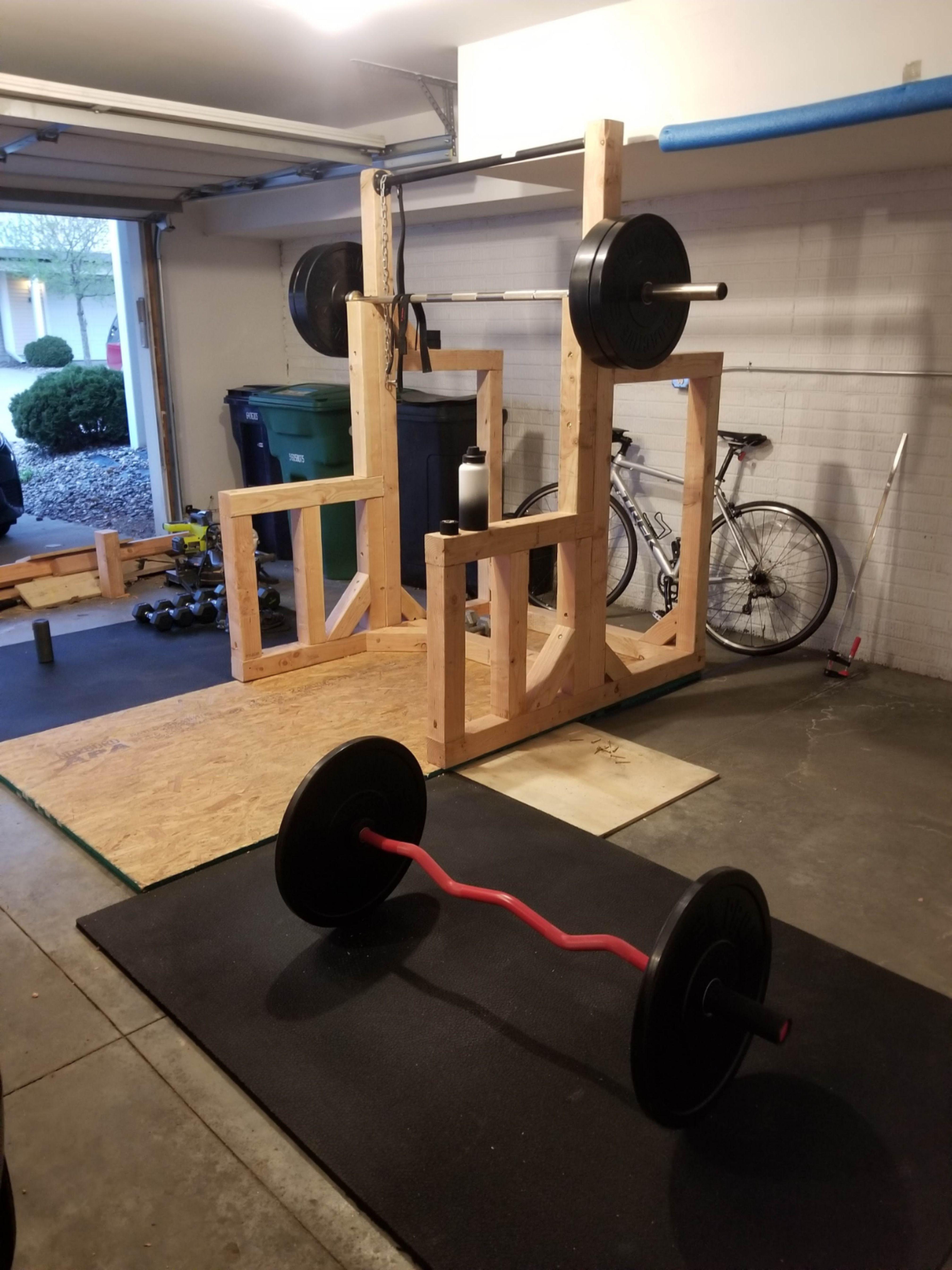 DIY Squat Rack / PullUp Bar in 2020 Up bar, Squat rack