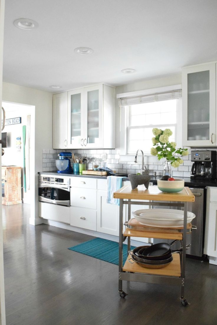 Take Home Designer Series- New England Kitchen Tour of a ...