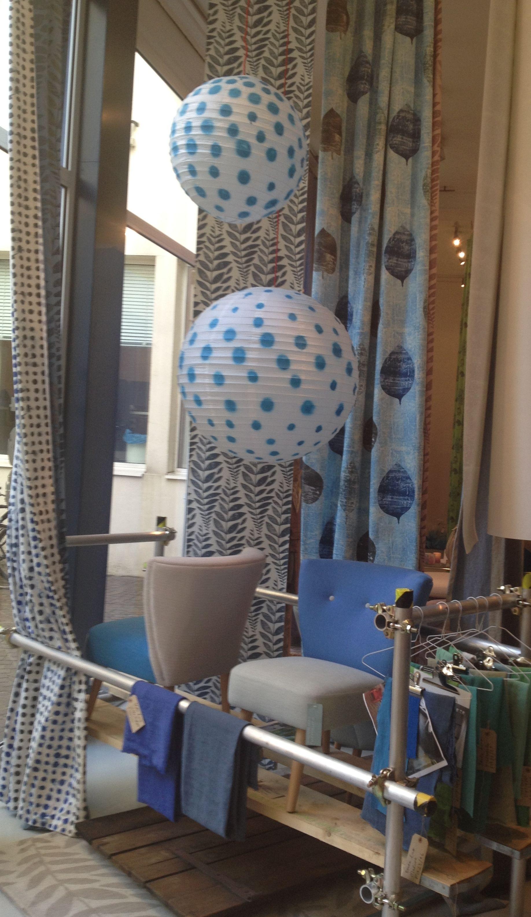 2014 Paris Designer\'s Guild Showroom installation www.bullesconcept ...