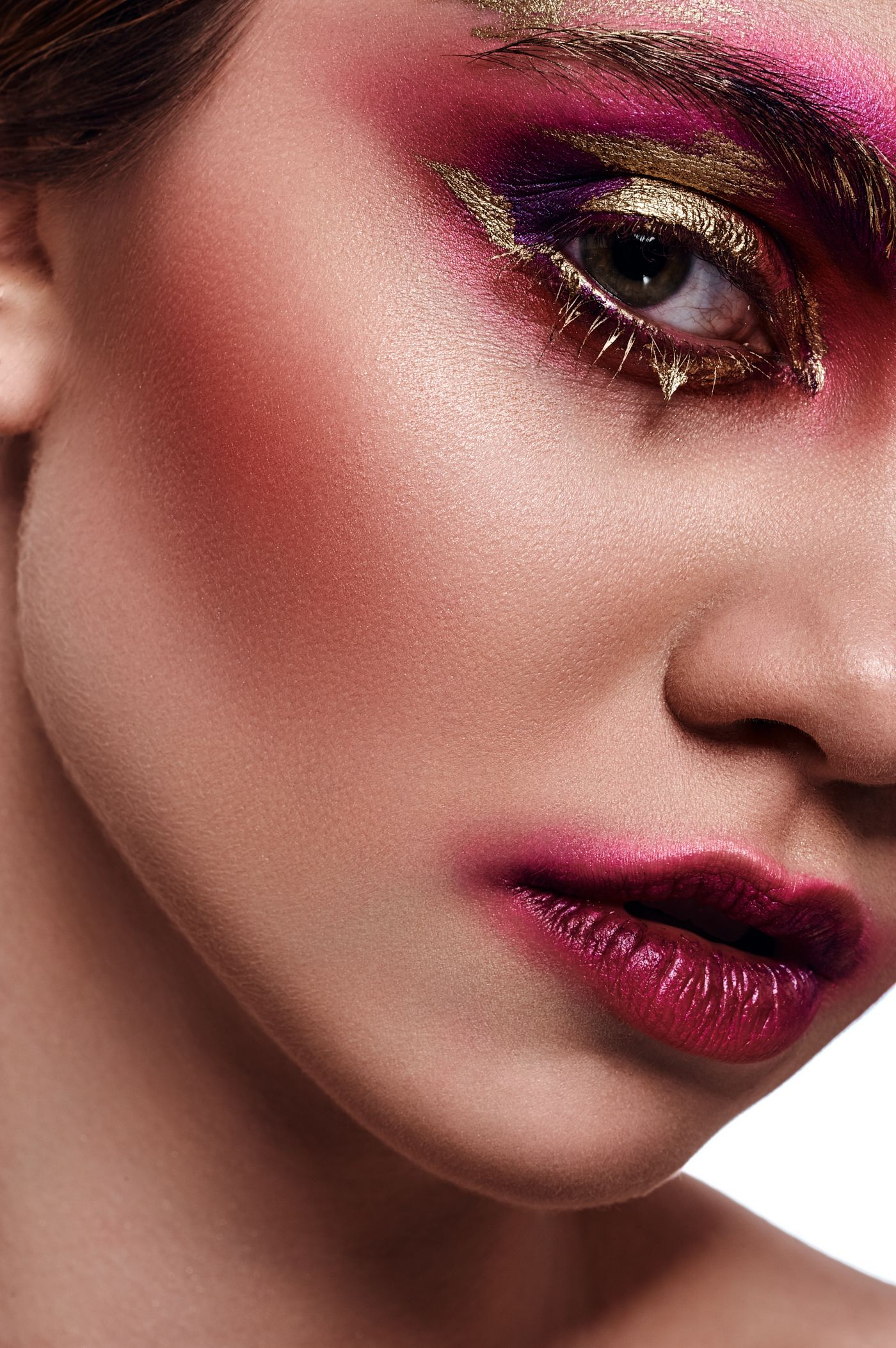 Beauty young Woman with pink Makeup on her Lips and