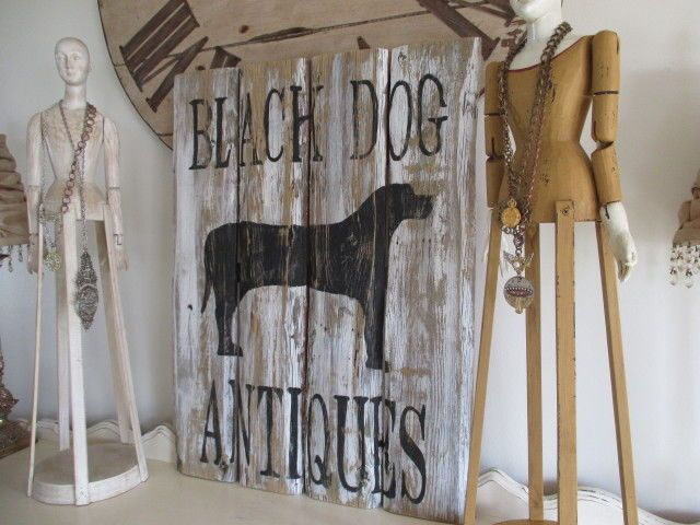 BLaCK DoG ANTiQuEs ORiGiNaL PRiMiTiVe FoLK ArT on ReCLaiMeD ViNTaGe WooD #NaivePrimitive