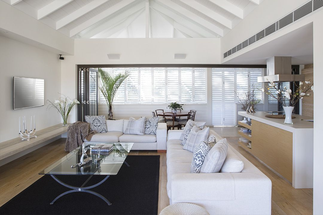 Manly Cove, Fairlight, a Luxico Holiday Home Book it